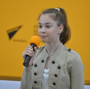 Белорусская участница шоу Ты супер! Танцы Дарья Радионова в пресс-центре Sputnik