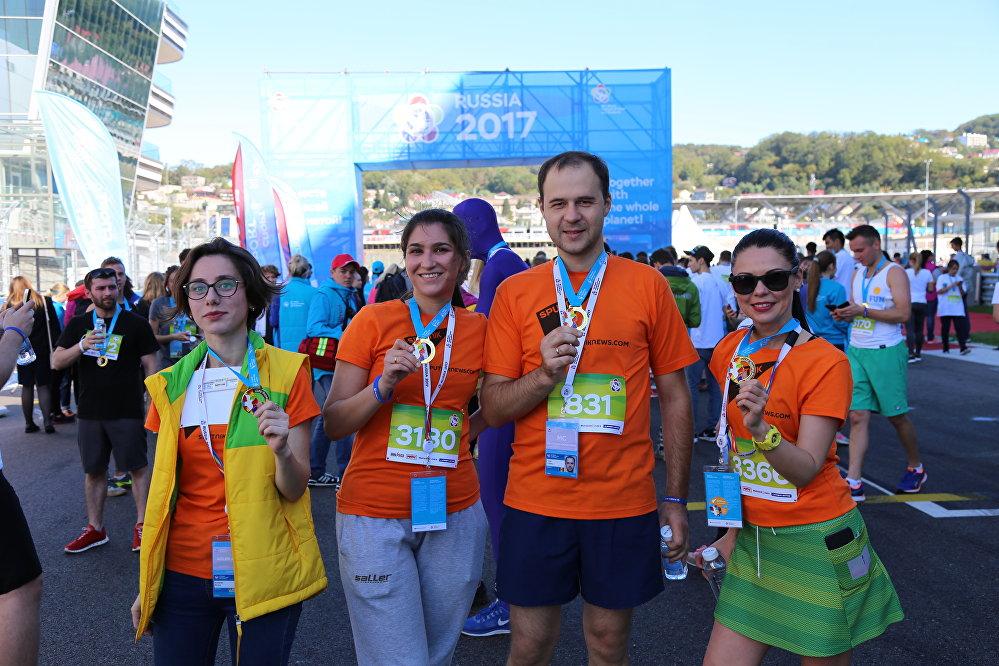 Команда Sputnik, принявшая участие в забеге на 4000 метров